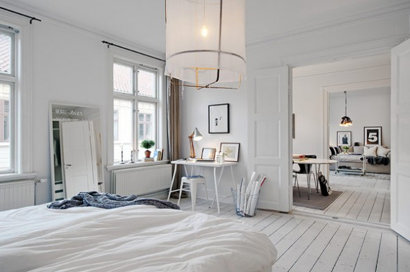 beautiful-white-interior-design-of-scandinavian-apartment-590x392