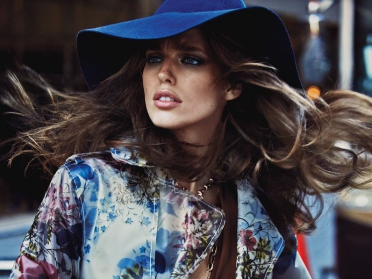 Emily-DiDonato-Vogue-Mexico-January-2016-Cover-Photoshoot02-800x600